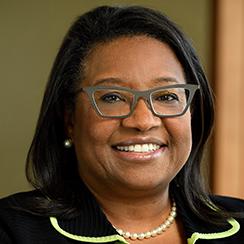 UConn Online Dementia Care Graduate Certificate Program Faculty: Gloria Ramsey, Headshot